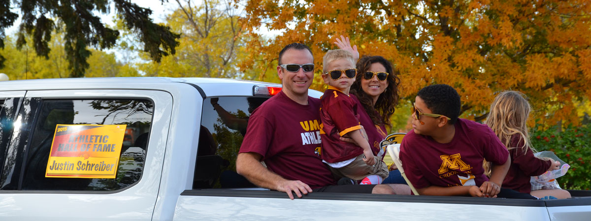Athletic Hall of Fame Justin Schreiber Homecoming Parade 2015