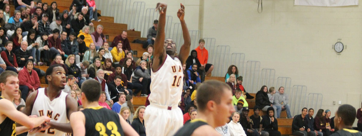 Action Men's Basketball Picture