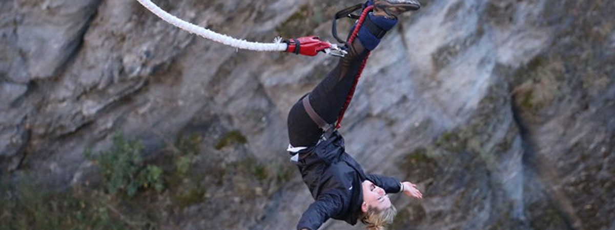 Student bungee jumping on a learning abroad trip.