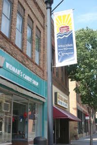 a view of downtown Crookston with Widman's Candy Shop
