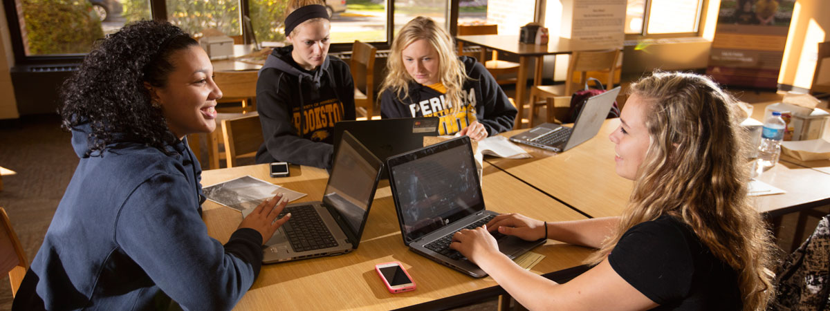 Students studying in the Eagals Nest