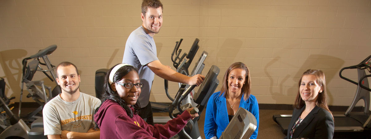 Students working out on cardio equiptment